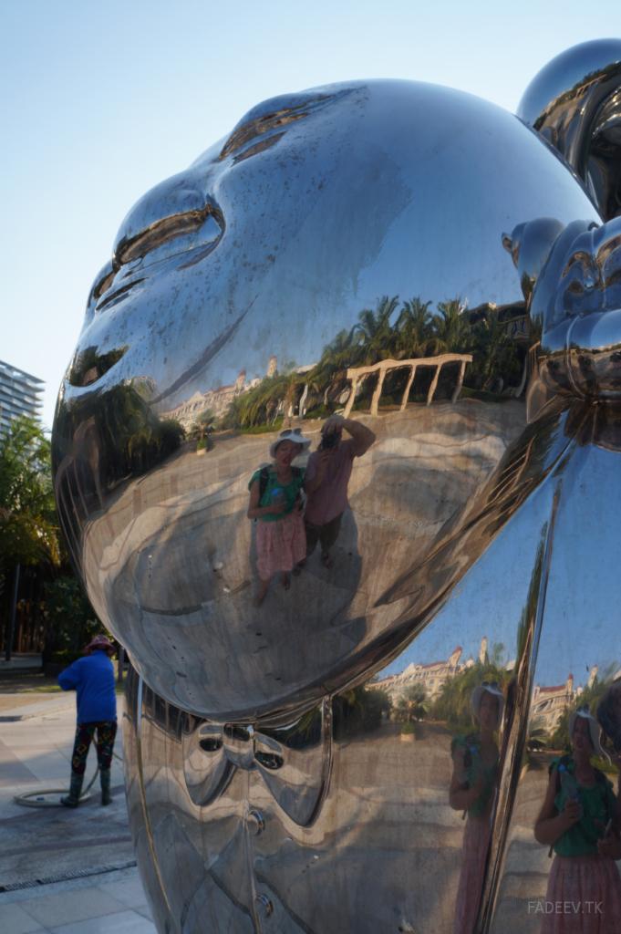 Sculpture at the Yacht Club, Sanya, Hainan Island, China
